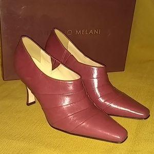 Antonio Melanie Prussian Red Heels size 6M